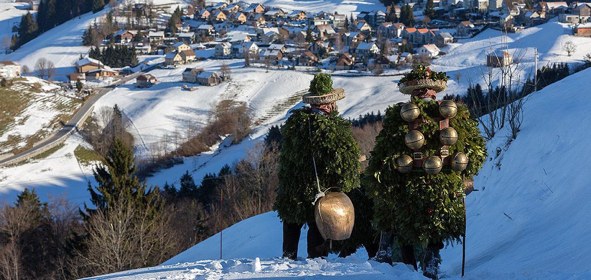Äs Guets Neus – Silvesterchlausen unterm Säntis